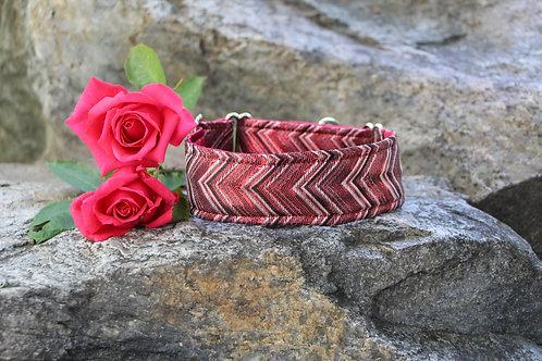 Brocade collar - dark red