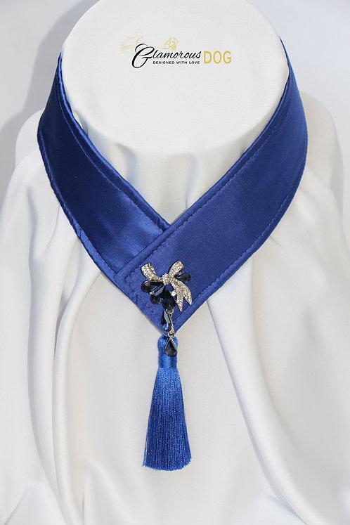 Límeček tmavě modrý zdobený šperkem