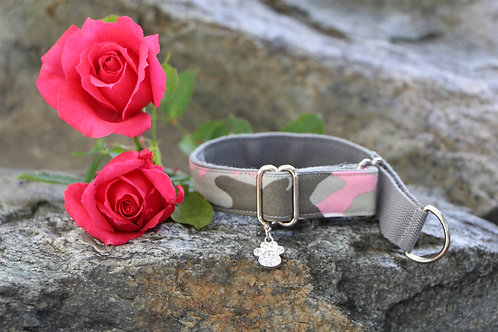Small pink army collar