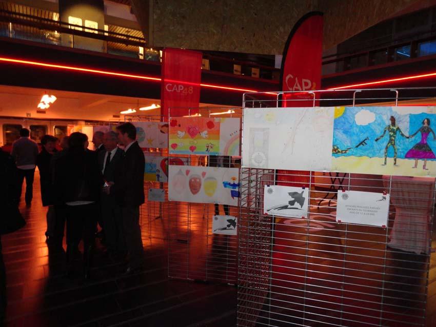 concours-affiche-paix-2014-1-02.jpg