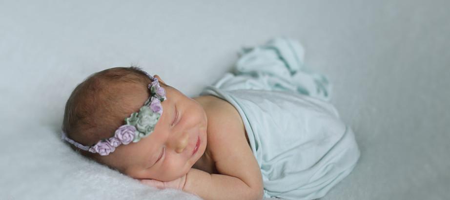 orlando newborn photographer   Ava girl