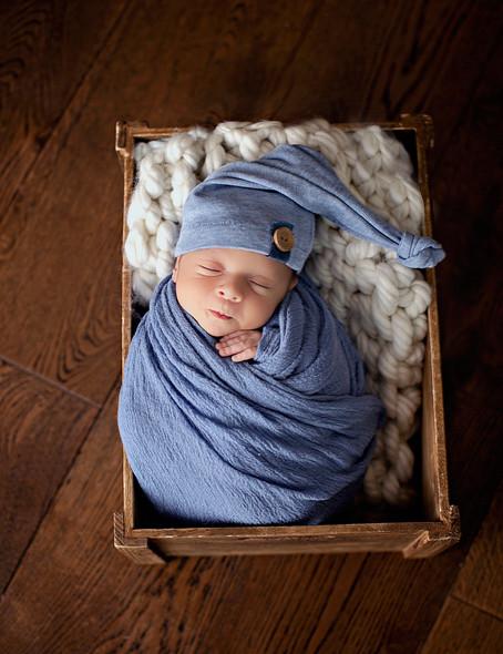 Adorable Mathias at 7 days