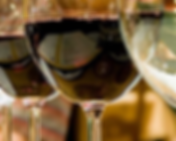 wine-glasses-red-white.png