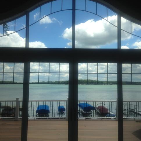Lake House Window Tint VS70