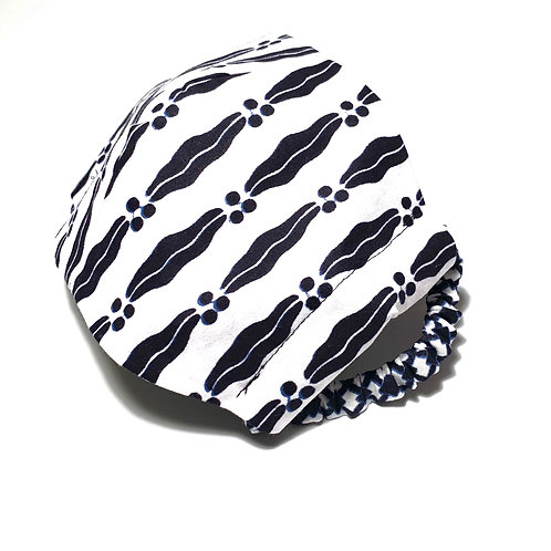 Black and White Print Face Mask