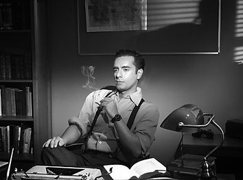 Arsi Nami as Fred in Film Noir