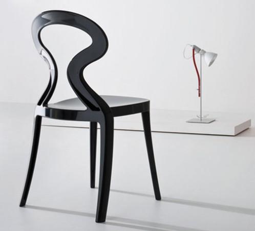 une chaise avec des lignes douces et accueillantes une synthse raffine du noclassique anita est une chaise intgralement ralise en tecnopolimre et - Chaise Italienne Design