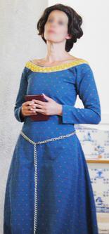 17_Mulher_nobre_medieval.JPG