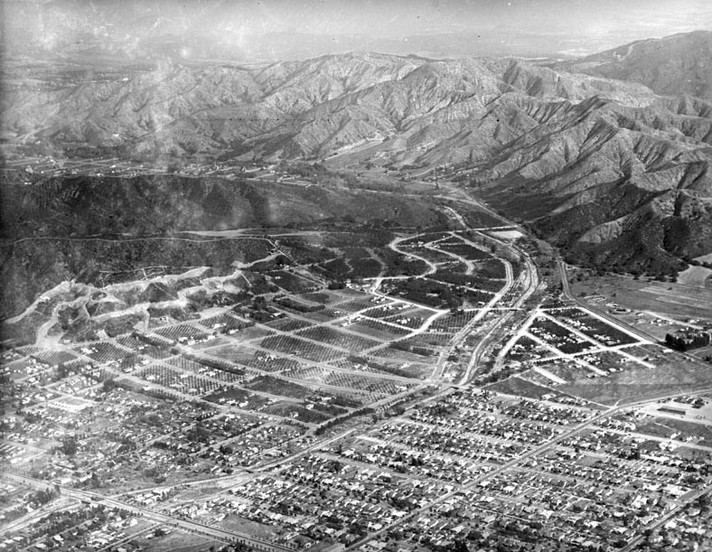 Glendale_Aerial_1920s.jpg