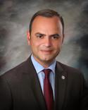 Գլենդելի քաղաքային խորհրդի անդամ Զարեհ Սինանյանը հրաժարական է տվել, որպեսզի ընդունի նոր պաշտոն Հայաս