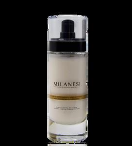 Il latte detergente anti-età Montenapoleone è un detergente delicato e nutriente, ideale per una pulizia del viso profonda.