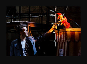 Kneehigh Theatre: Dead Dog in a Suitcase (and other love songs) 10/12/15