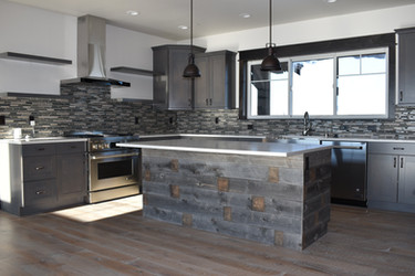 Green_Hills_Ranch-interior-kitchen.jpg