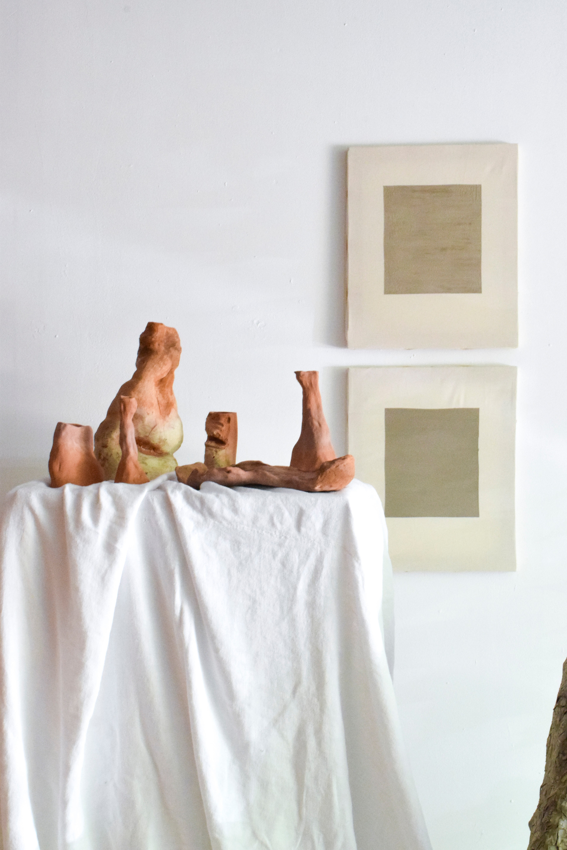 Autarky Paintings and ceramic collections Aurore Piette Studio
