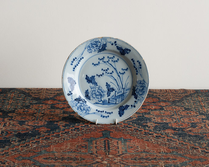 An 18th century Delft plate