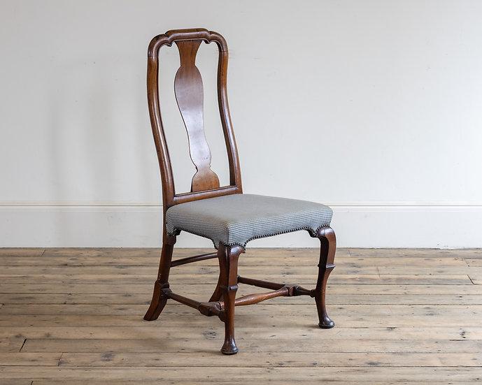 A Georgian mahogany side chair