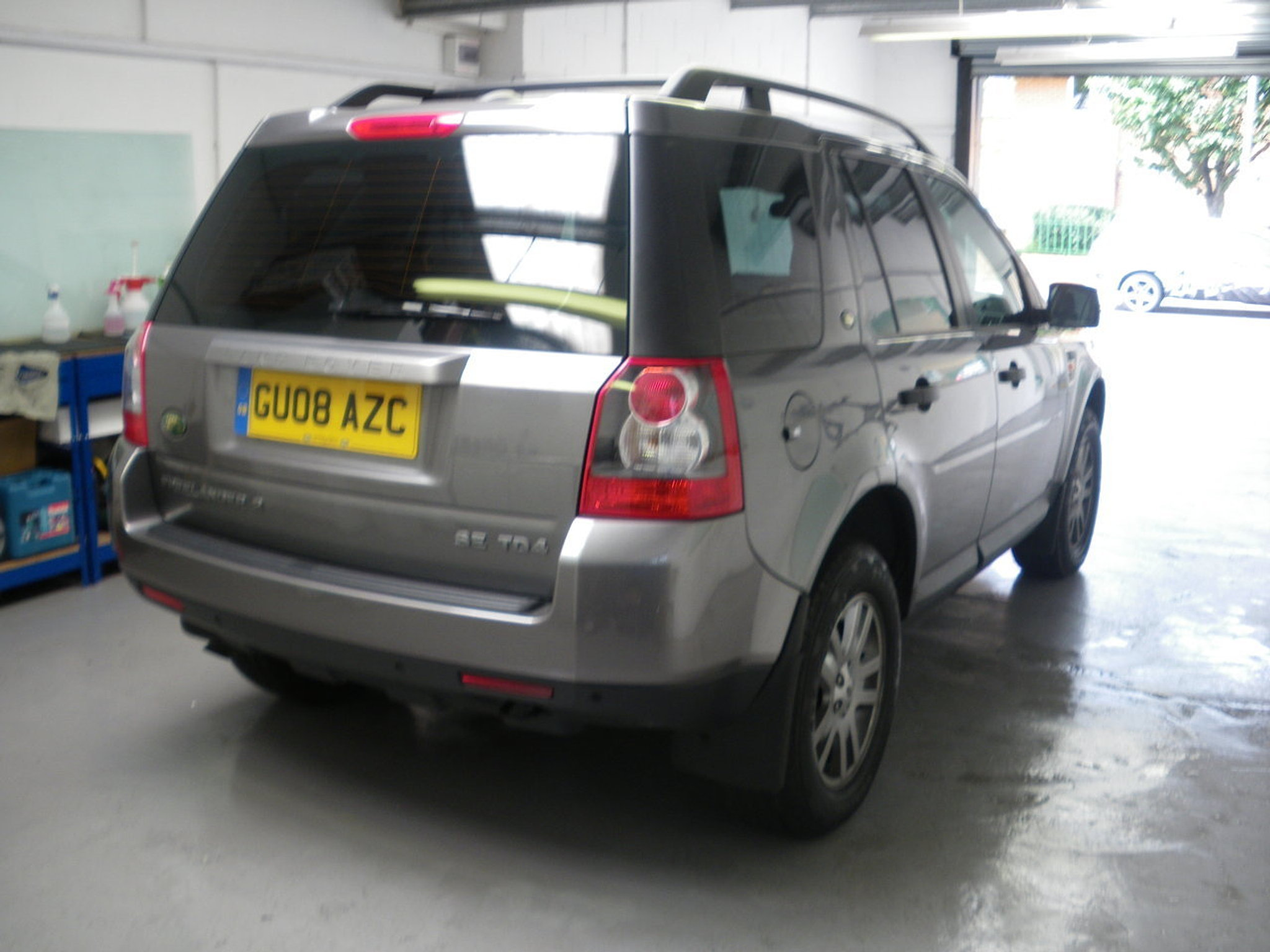 London Window Tinting >> Autoworx UK - Window Tinting - London - Bromley | LandRover Freelander 2 Window Tint