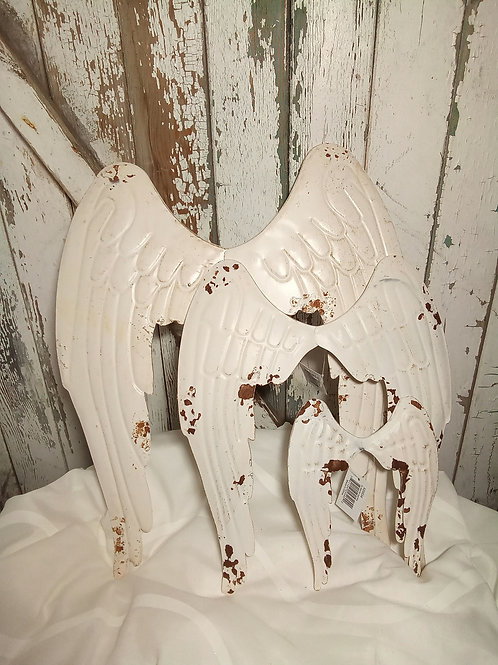 Rustic Angel Wing Wall Décor