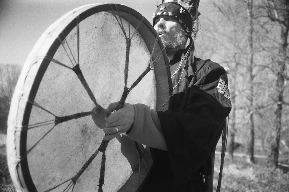 шаманский обряд, средство против депрессии, шаманы Спб, шаманы Тыва, кыргызский шаманизм, арийский шаманизм, Тарас Журба
