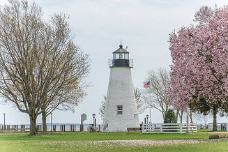 Concord_Point_Lighthouse_Spring-640w.jpg