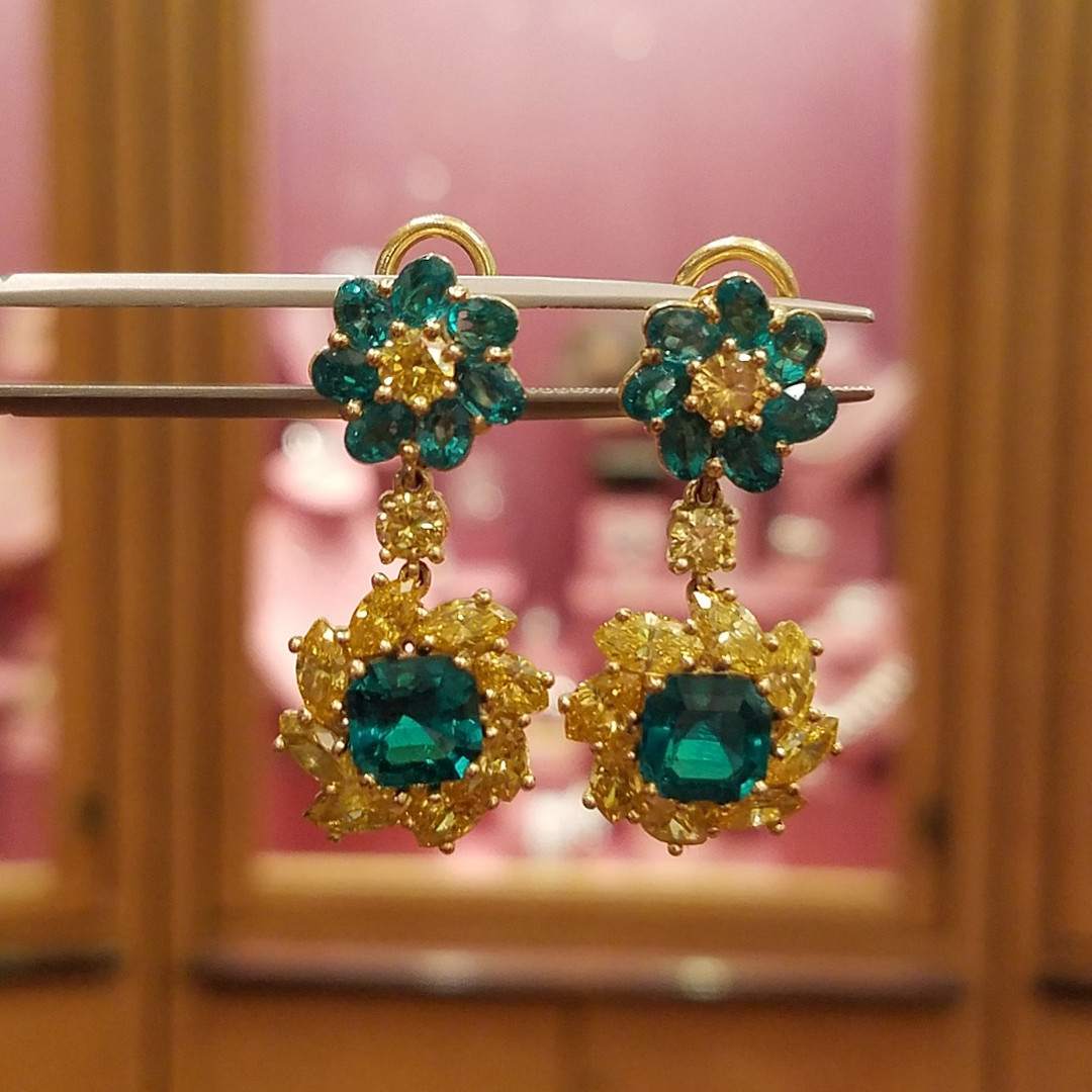 Fine Colombian Emerald and Yellow Diamond Earrings