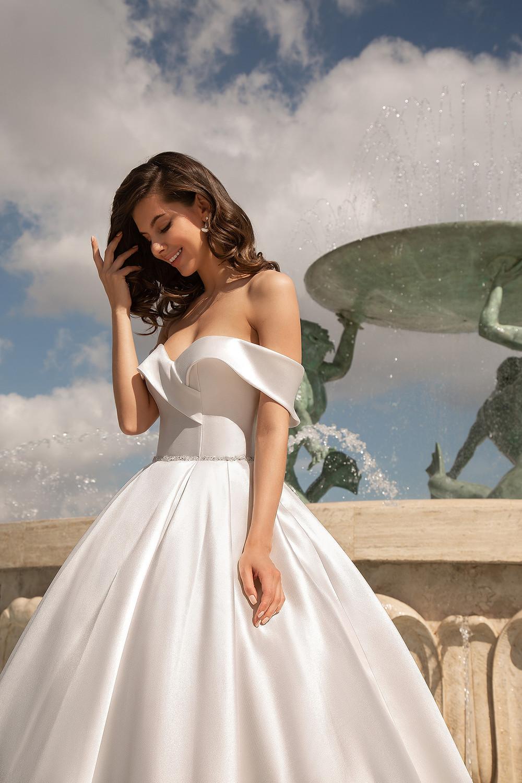 robe de mariee the bride