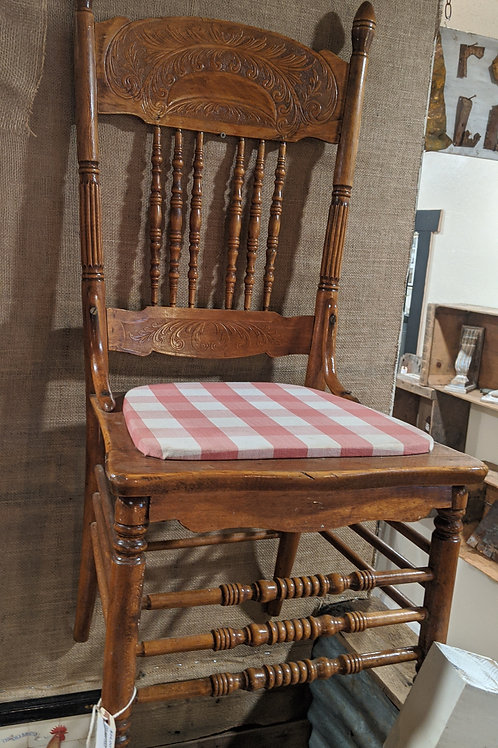 Antique spindle cottage chair
