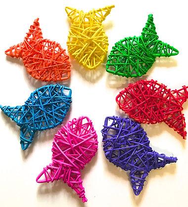 Birdtalk Bird Toys - 1 x 8cm Shredding Vine Fish  Toy Parts