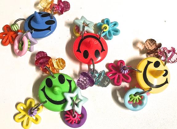 Birdtalk Bird Toys - Smiley Face Foot Toy