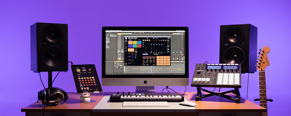 Studio-min.png
