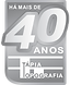 tag40anos_tapia_tonsdecinza.png