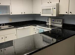121A Kitchen.jpg