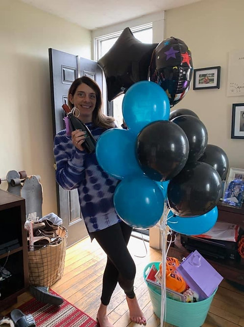 Balloon bouquet w/ foil balloon and weight