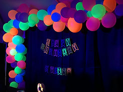 glow balloon arch  party .jpg