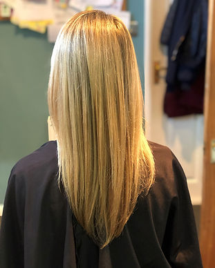 Half a head of foils and a cut and blow dry to provide a stunning finish