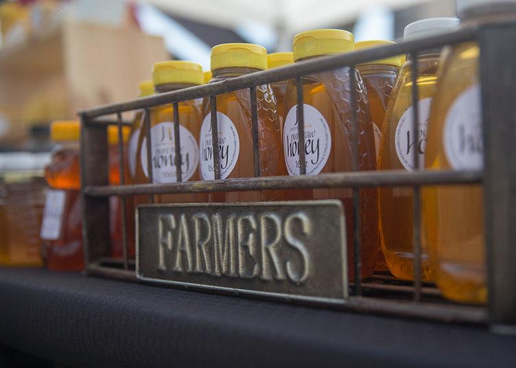 Farmers Market 005.jpg