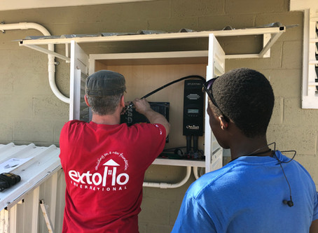 Professional Electrician Volunteers in Haiti
