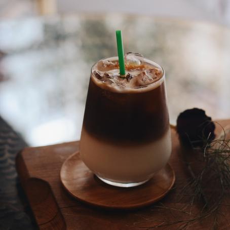 Cold Brew Iskaffe med brunt sukker