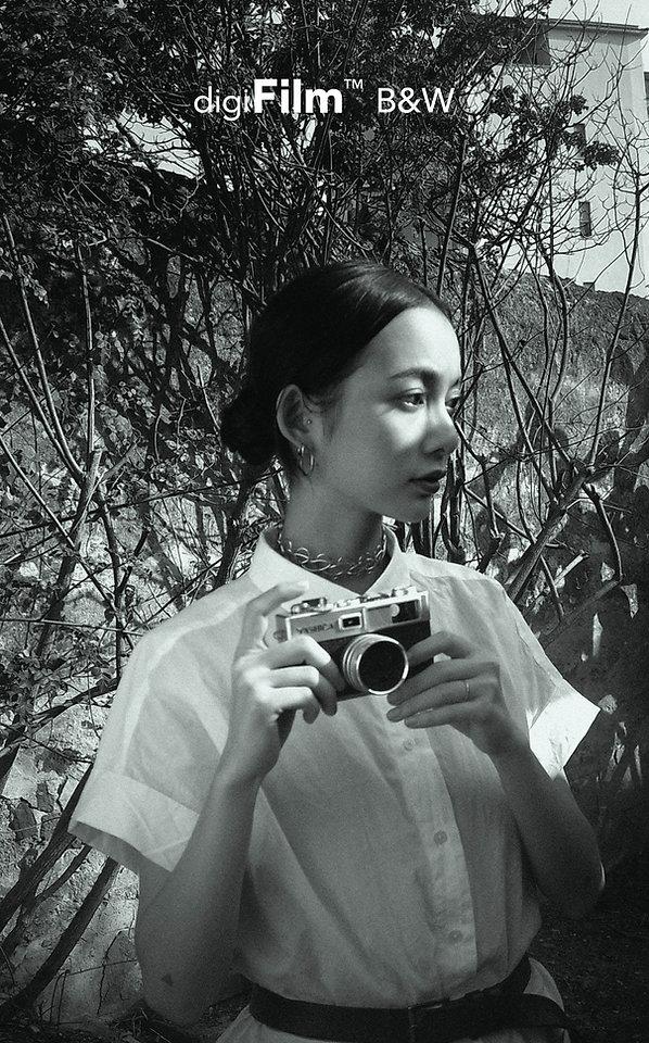 YASHICA Y35-17.jpg