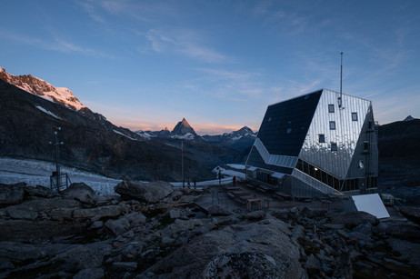 Monte Rosa Hütte.