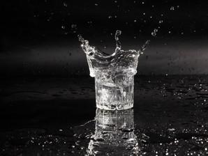 Agua clara, agua obscura