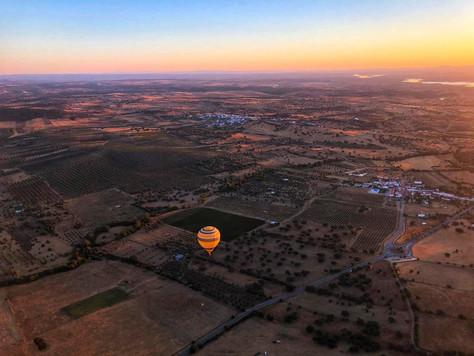 O raiar do dia - Balão de Ar Quente