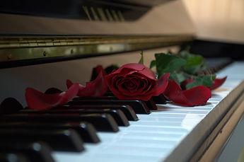 piano-2749789_1280.jpg