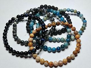 Vente de bracelets en pierres semi-précieuses