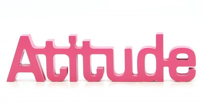 Palavra decorativa Atitude - 9x30cm