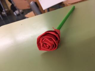 Tallers St. Jordi 1r ESO: roses d'origami
