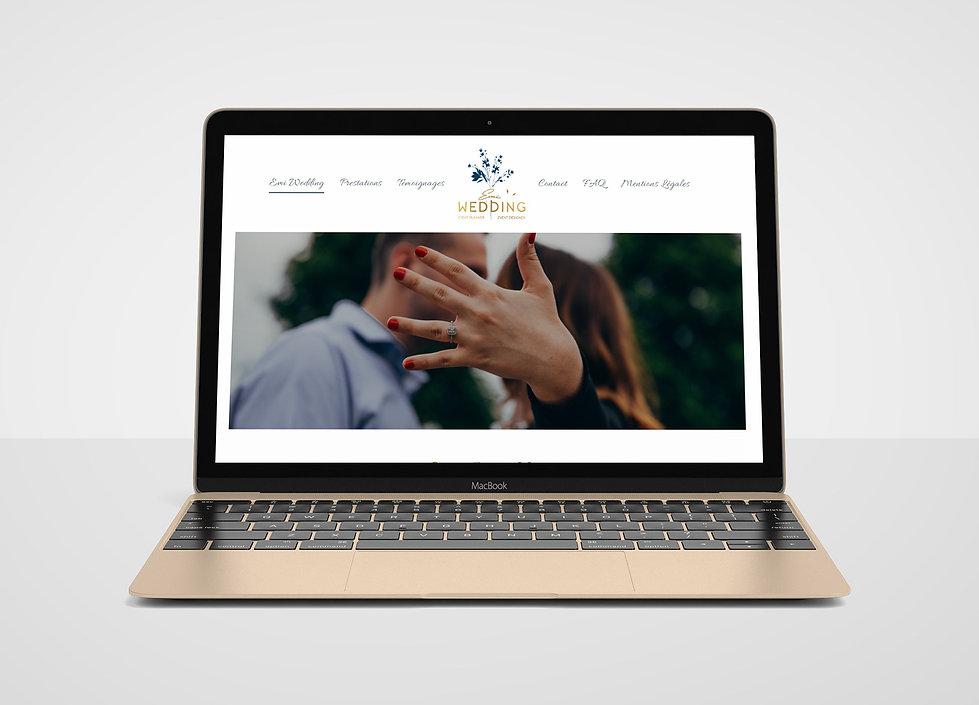 Free-Apple-MacBook-Mockup-PSD-Gold.jpg