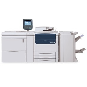 Новая высокопроизводительная система цифровой черно-белой печати с расширенными опциями послепечатной обработки