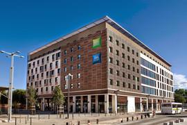 Hotel Ibis_NimesFR_Autan15.jpg