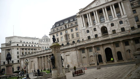 Bank of England gives banks breathing space over crisis plans